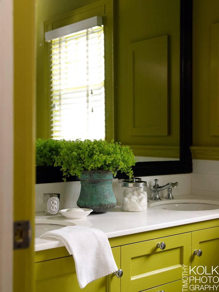 лимонный цвет в дизайне и интерьере ванной комнаты фото