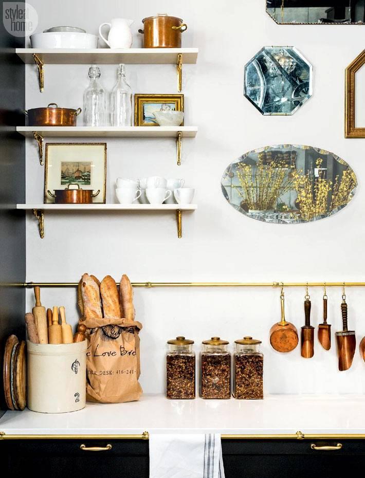 латунь в дизайне и декоре интерьера кухни фото