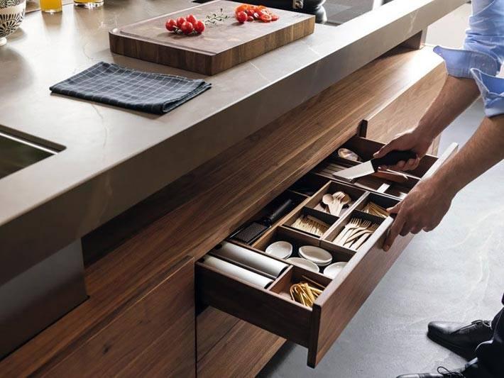 как удобно хранить кухонные принадлежности на кухне