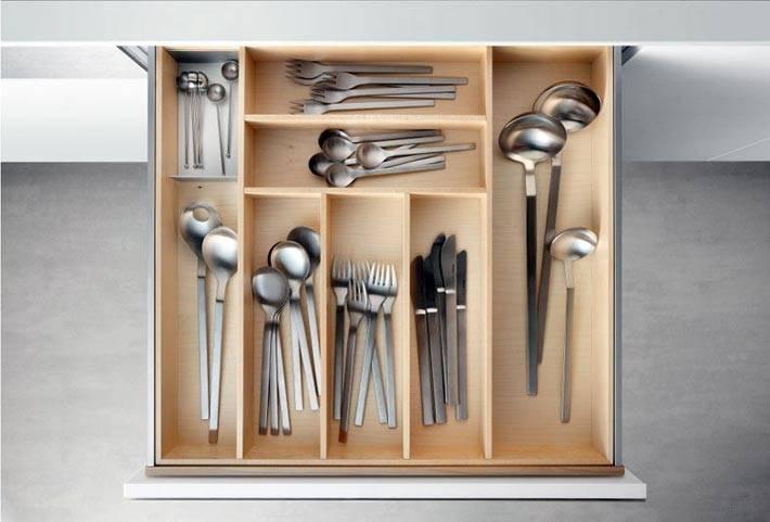 как разложить кухонные приборы в ящике фото