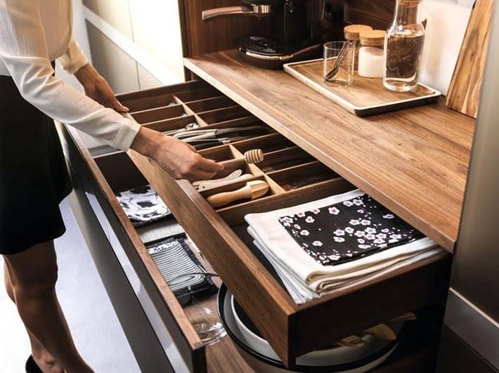 организация порядка в кухонном ящике