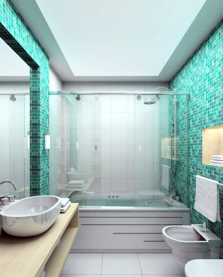 бирюзовая мелкая плитка мозаика на стенах ванной фото