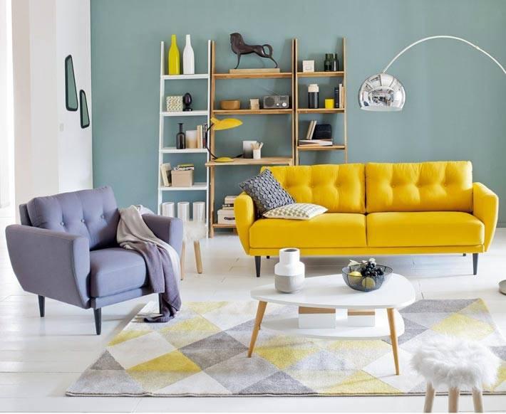 современная разноцветная мягкая мебель