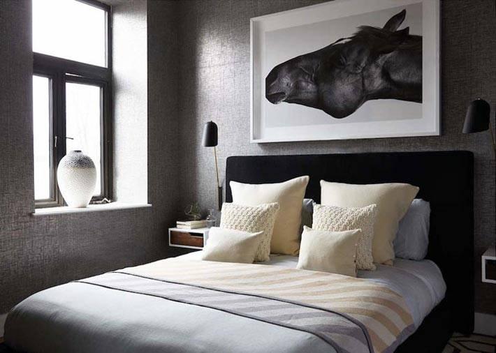 серый цвет стен в интерьере спальной комнаты фото
