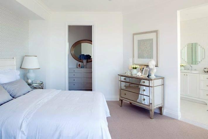 гардеробная комната и ванная в большой спальне