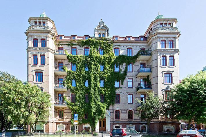 красивая квартира в красивом доме в Швеции