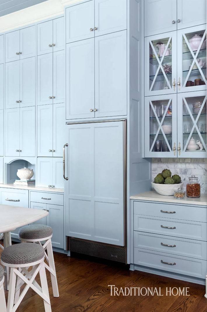 наверные шкафы до потолка на кухне фото