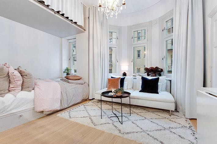 зонирование однокомнатной квартиры в белом цвете фото