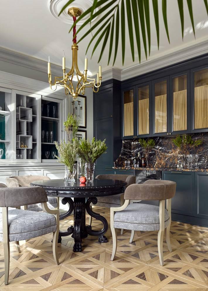 элементы неоклассики в дизайне интерьера квартиры