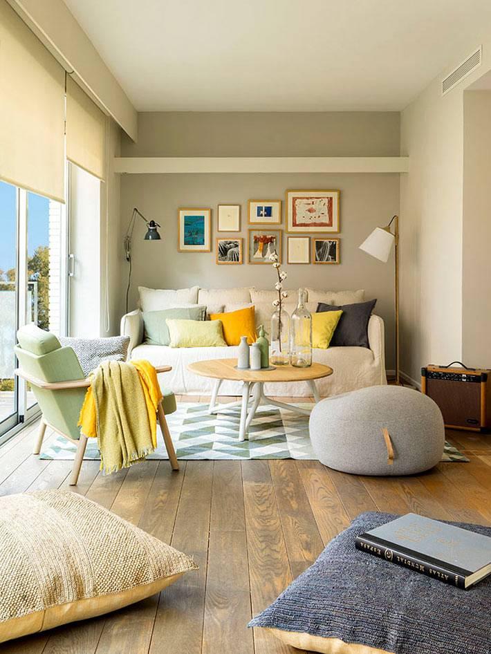 Комфортный интерьер дома в Барселоне с бассейном на террасе