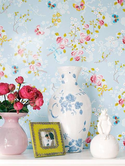нежный интерьер, интерьер в голубом цвете, цветы в интерьере, красвые интерьеры, фото,