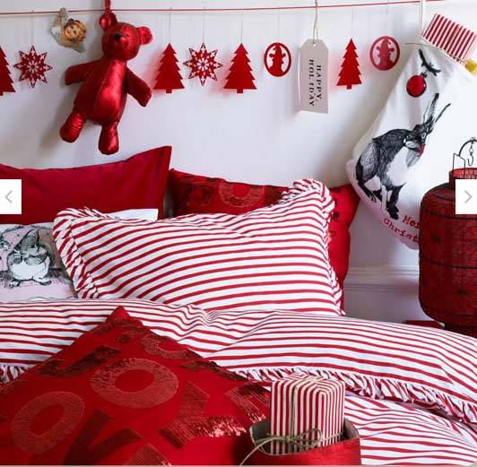 сочетание красного и белого в праздничном декоре