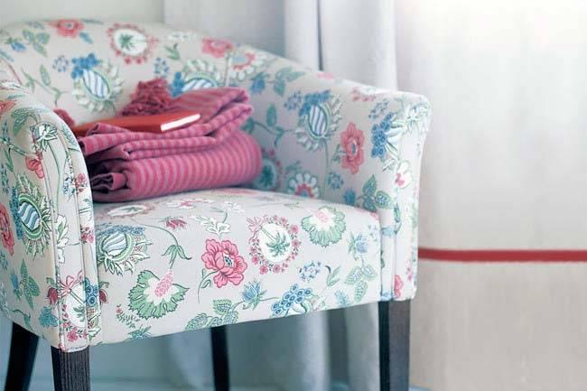 красивое кресло для стильного интерьера