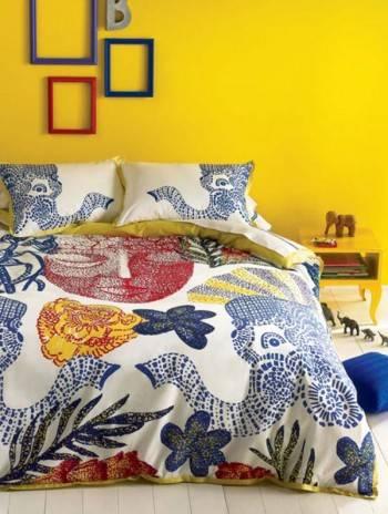 интерьер спальни в желтом цвете