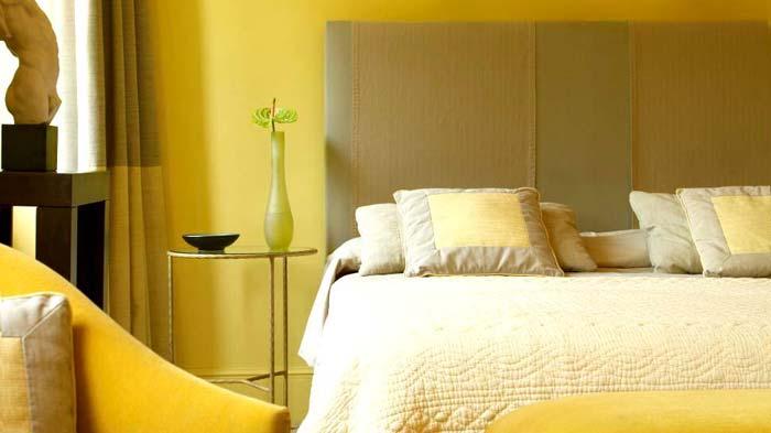 Солнечная спальня. Желтый цвет в интерьере спальни