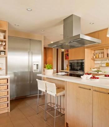 деревянная кухня, кухонная мебель
