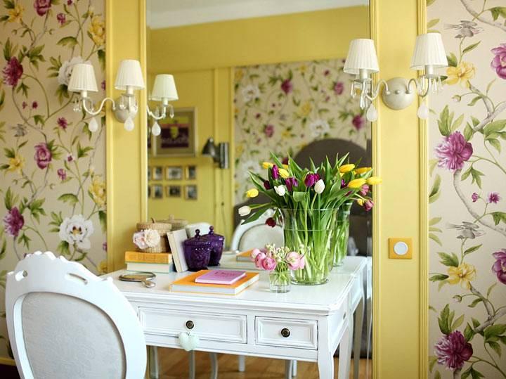 цветы и цветочный принт в дизайне квартиры