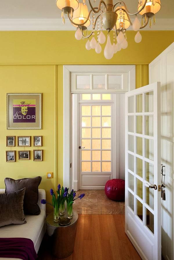 белые межкомнатные двери в дизайне квартиры фото