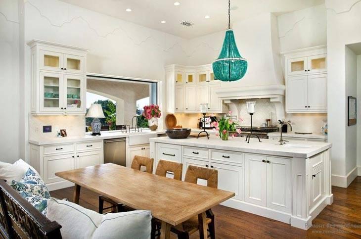 темно-зеленая люстра в интерьере кухни фото