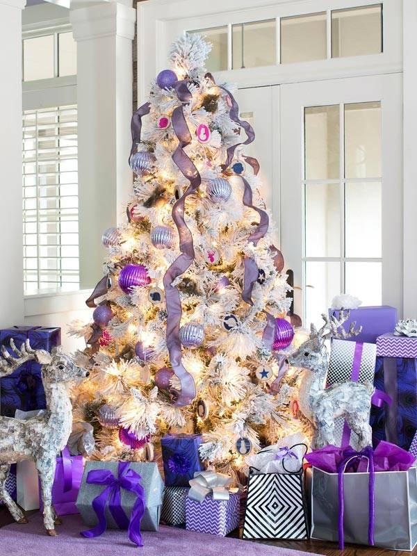 фиолетовый новогодний декор