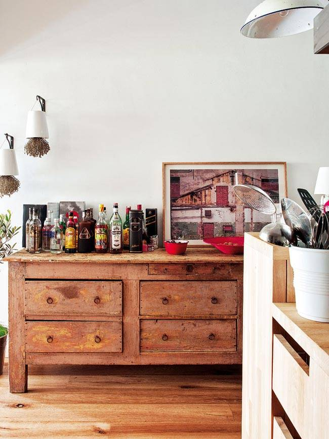 Очаровательный интерьер квартиры с винтажными элементами в Барселоне