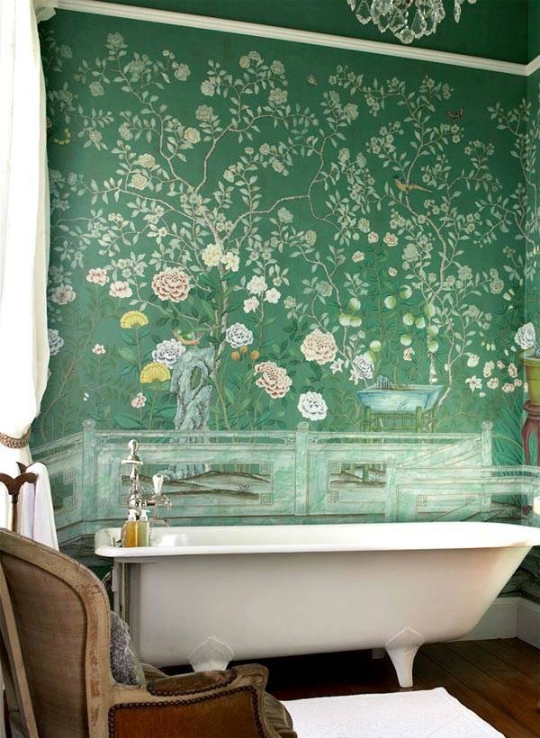зеленые стены в ванной комнате