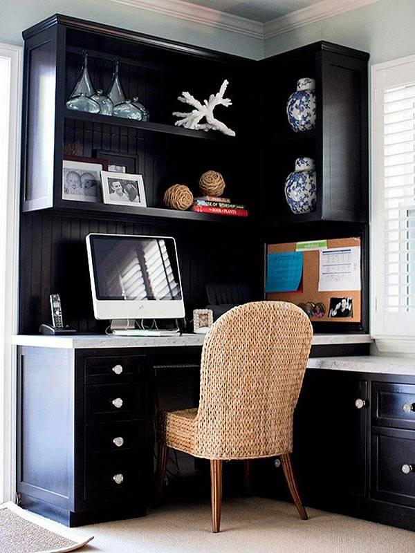 черный мебельный уголок для рабочего места фото