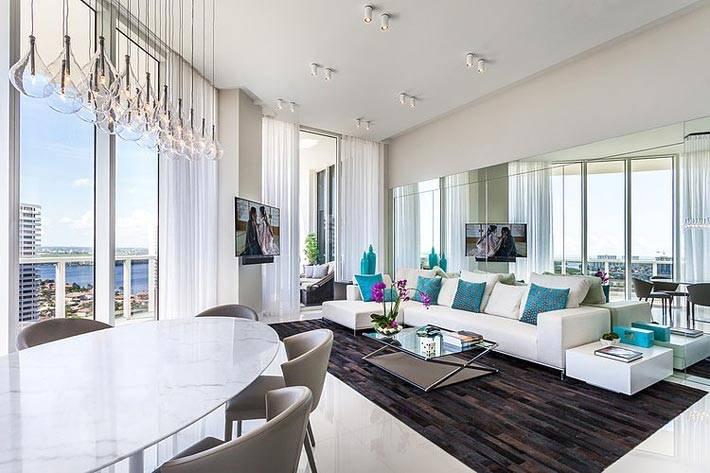 невесомость и прозрачность - два определения для дизайна этой гостиной