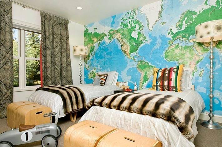 карта в интерьере детской комнаты
