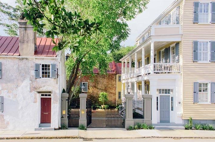 Красивый небольшой отель Zero George Street фото