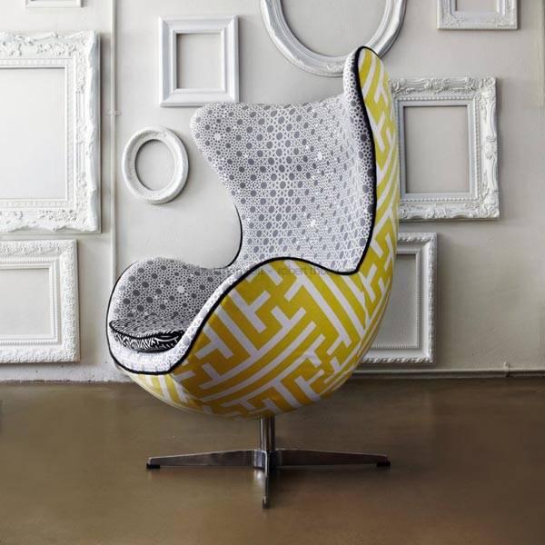 Оригинальная мебель в интерьере: кресло-яйцо фото