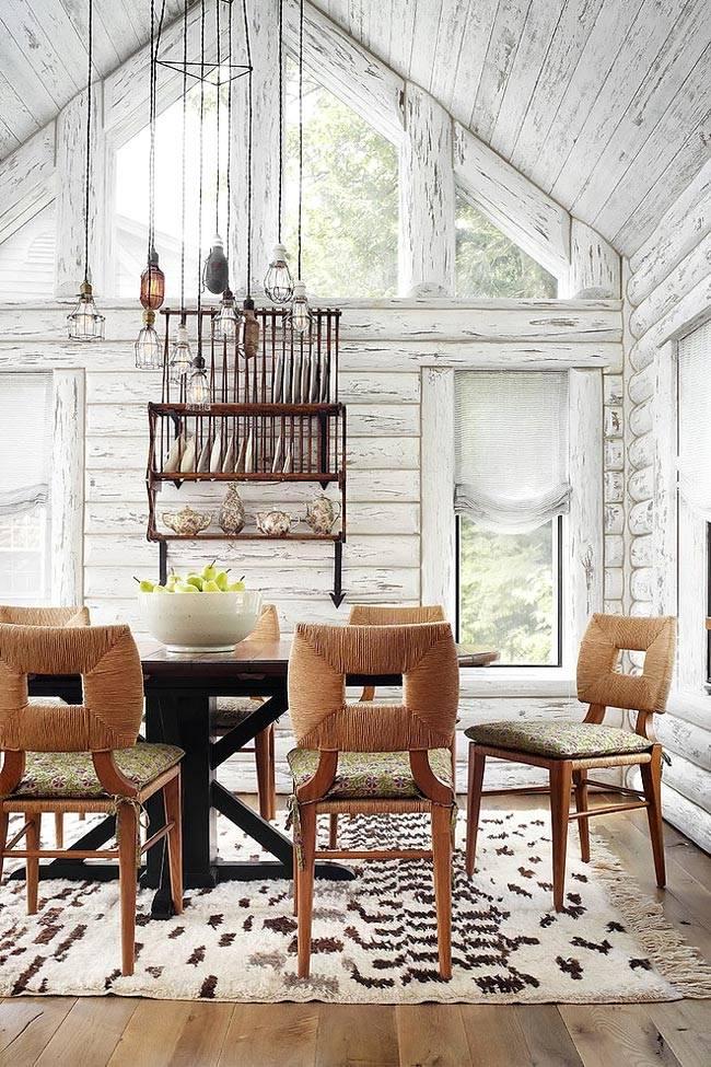 Винтажный эффект с потертостями в деревянном доме
