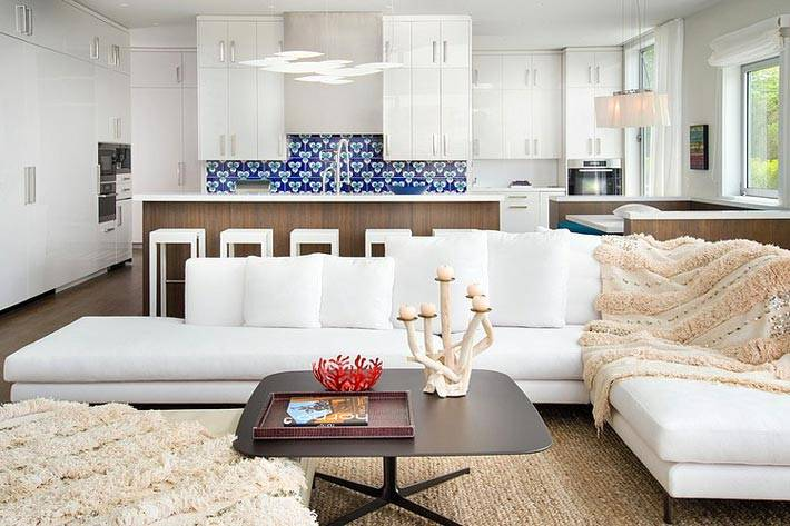 белый интерьер дома