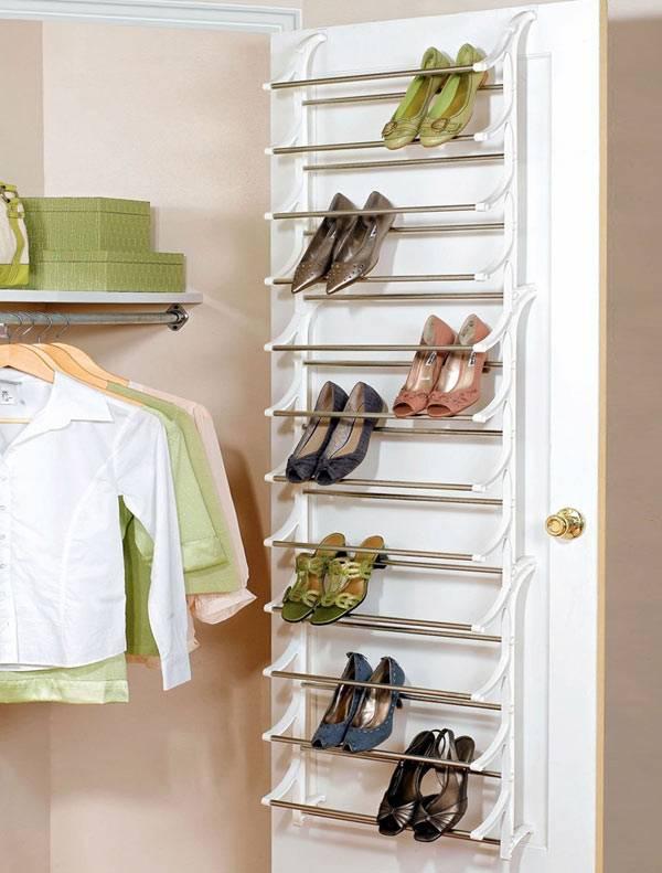 как хранить обувь без коробок - органайзер на двери