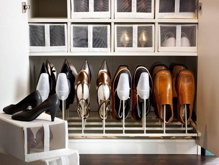 Аккуратное расположение обуви для хранения