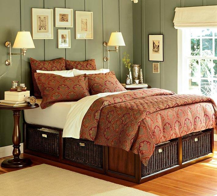 коричневые плетеные корзины под кроватью фото