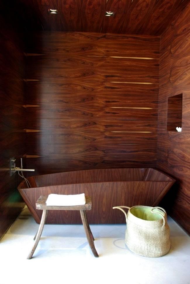 Ванна из дерева необычной формы фото