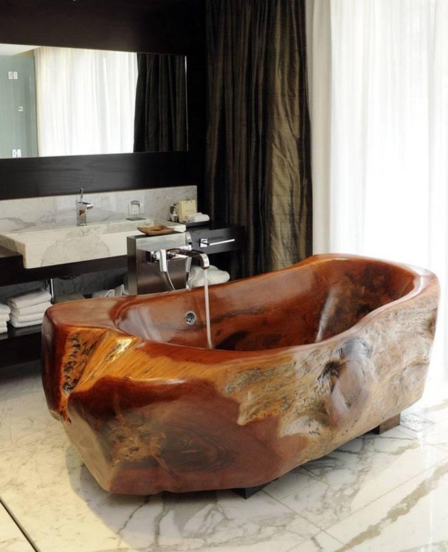 Ванна из цельного куска дерева фото