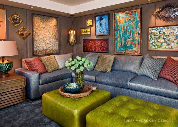 цветной дизайн интерьера гостиной