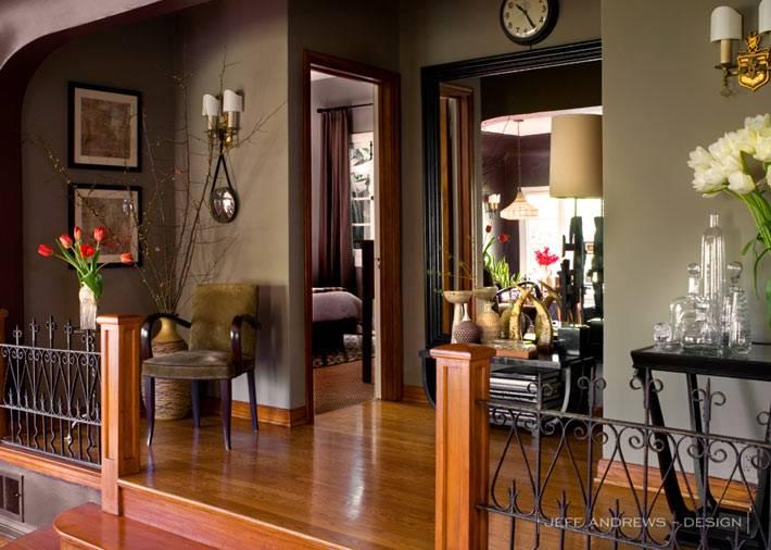 коричневые стены в интерьере дома от профессионального дизайнера