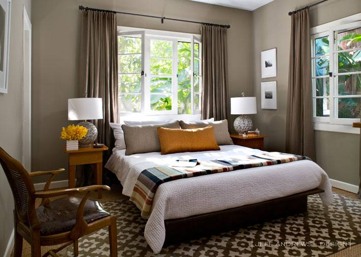 Лаконичный интерьер спальни от Jeff Andrews