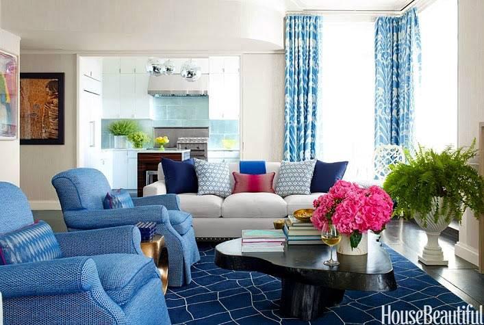 синий цвет в дизайне интерьерагостиной комнаты фото