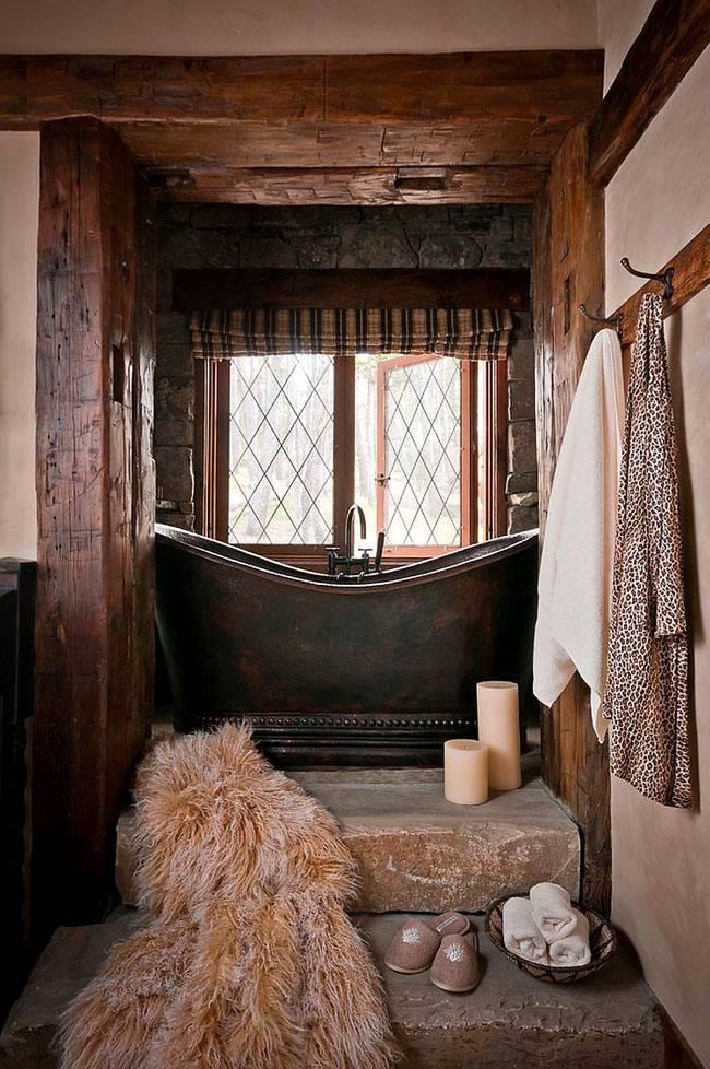 Аутентичный интерьер ванной в зимнем доме