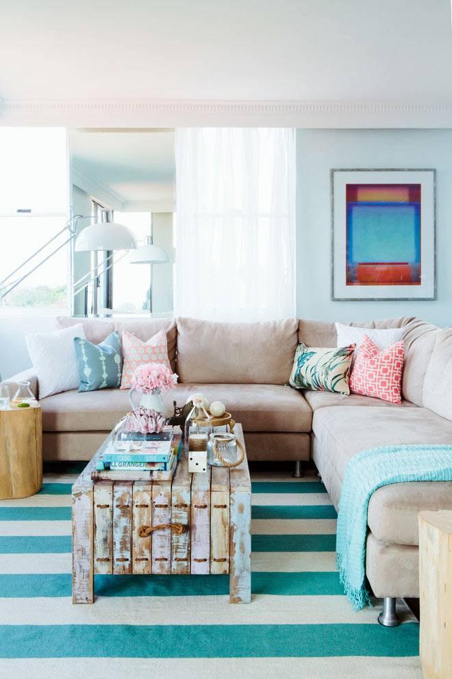 красивый интерьер дома в голубых тонах фото