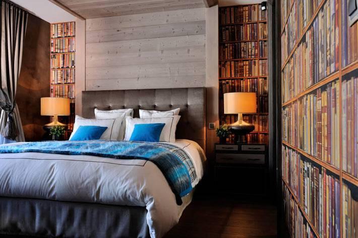 фотообои с изображением книг в интерьер спальни