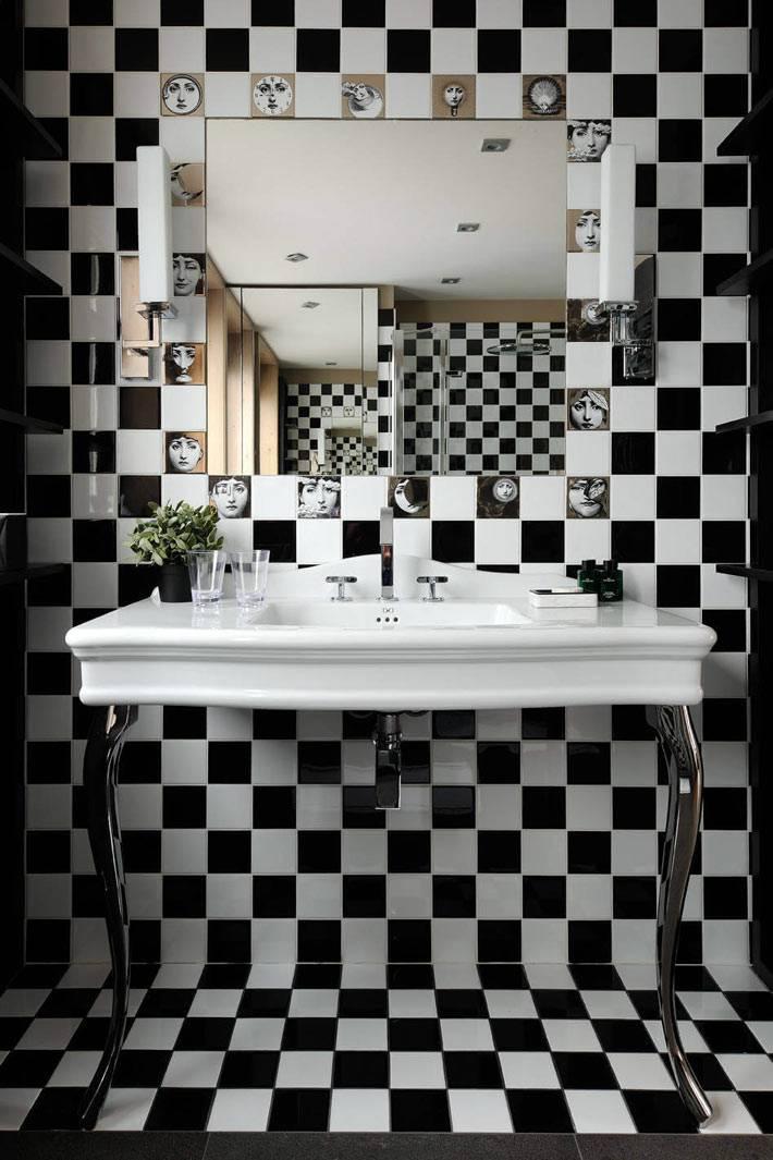 черно-белая мозаика в шахматном порядке в ванной комнате