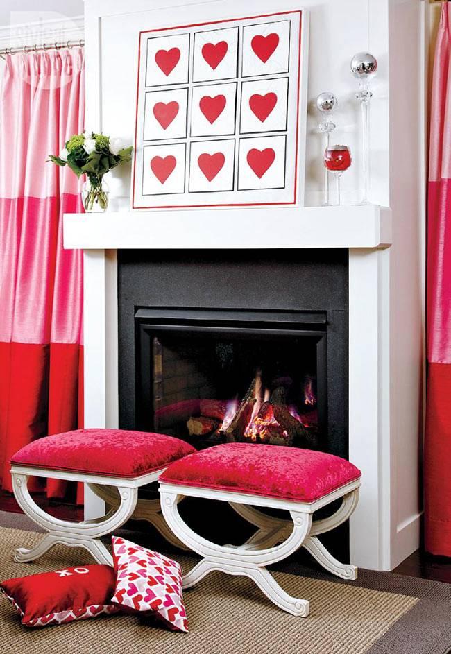 красный и белый цвета для оформления праздничной гостиной комнаты