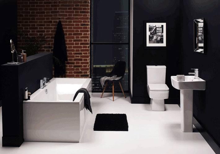 Декор стен под кирпич в ванной комнате