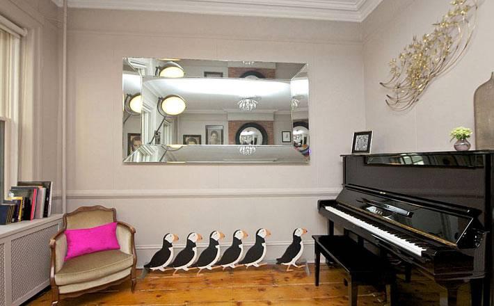 оригинальный декор - рояль и пингвины в интерьере фото