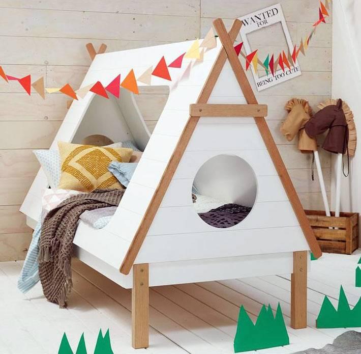 индейский домик на ножках в детской спальни фото